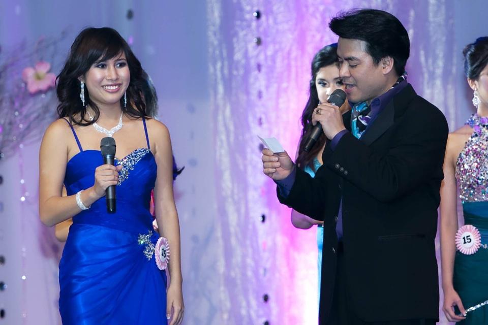 Miss Vietnam - Hoa Hau Ao Dai Bac Cali 2010 - Pageant Day - Image 096