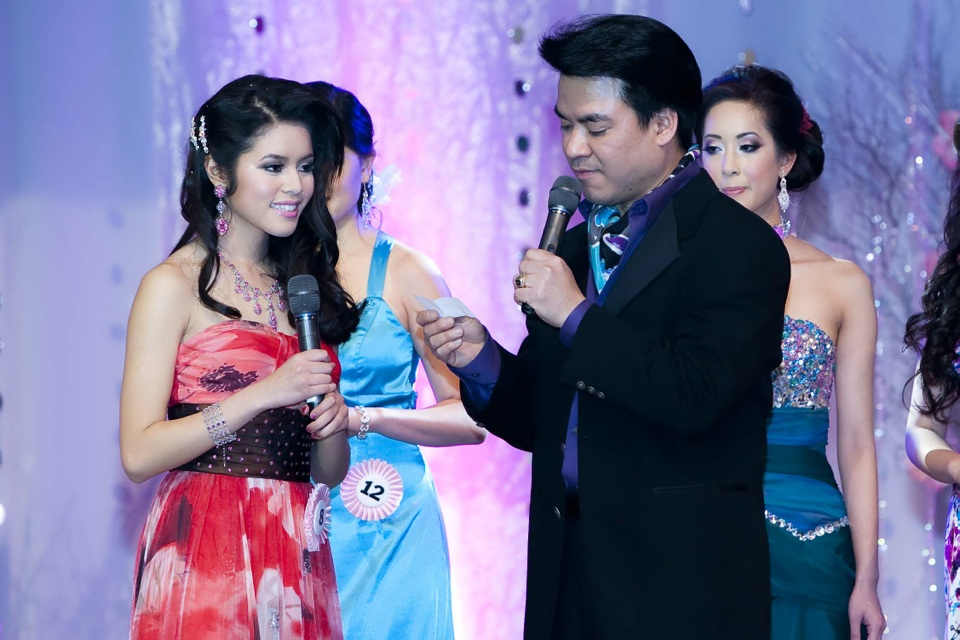 Miss Vietnam - Hoa Hau Ao Dai Bac Cali 2010 - Pageant Day - Image 098