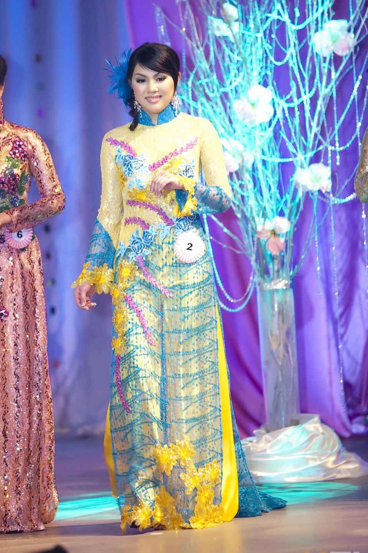 Miss Vietnam - Hoa Hau Ao Dai Bac Cali 2010 - Pageant Day - Image 103