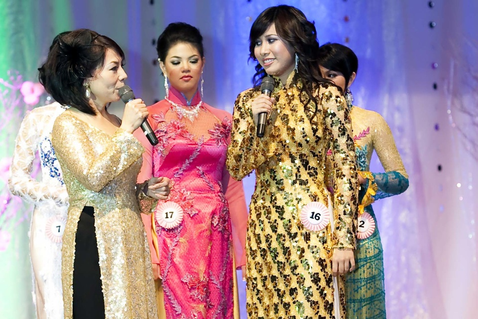 Miss Vietnam - Hoa Hau Ao Dai Bac Cali 2010 - Pageant Day - Image 109