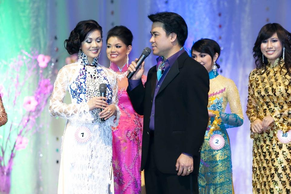 Miss Vietnam - Hoa Hau Ao Dai Bac Cali 2010 - Pageant Day - Image 110