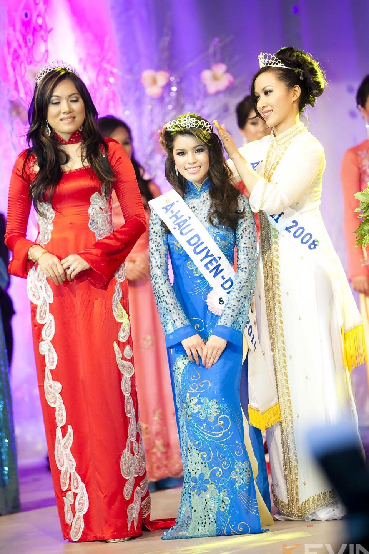 Miss Vietnam - Hoa Hau Ao Dai Bac Cali 2010 - Pageant Day - Image 116