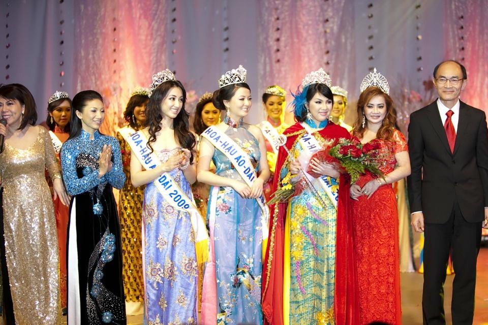 Miss Vietnam - Hoa Hau Ao Dai Bac Cali 2010 - Pageant Day - Image 130