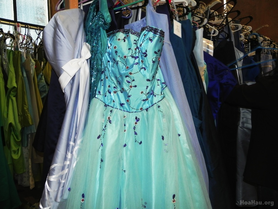 Operation Prom Dress 2013 - Image 024