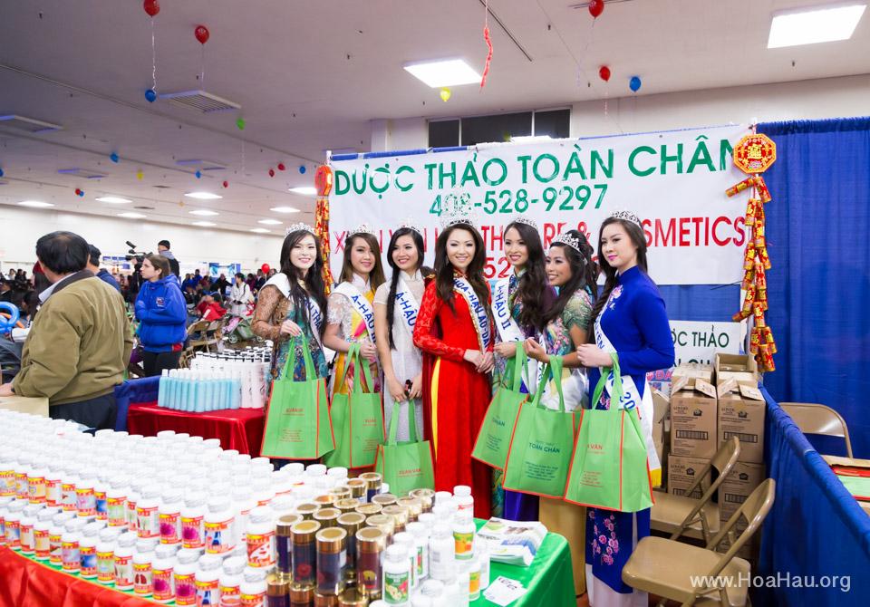 Tet Fairgrounds 2014 - Hoa Hậu Áo Dài Bắc Cali - Miss Vietnam of Northern California - Image 105