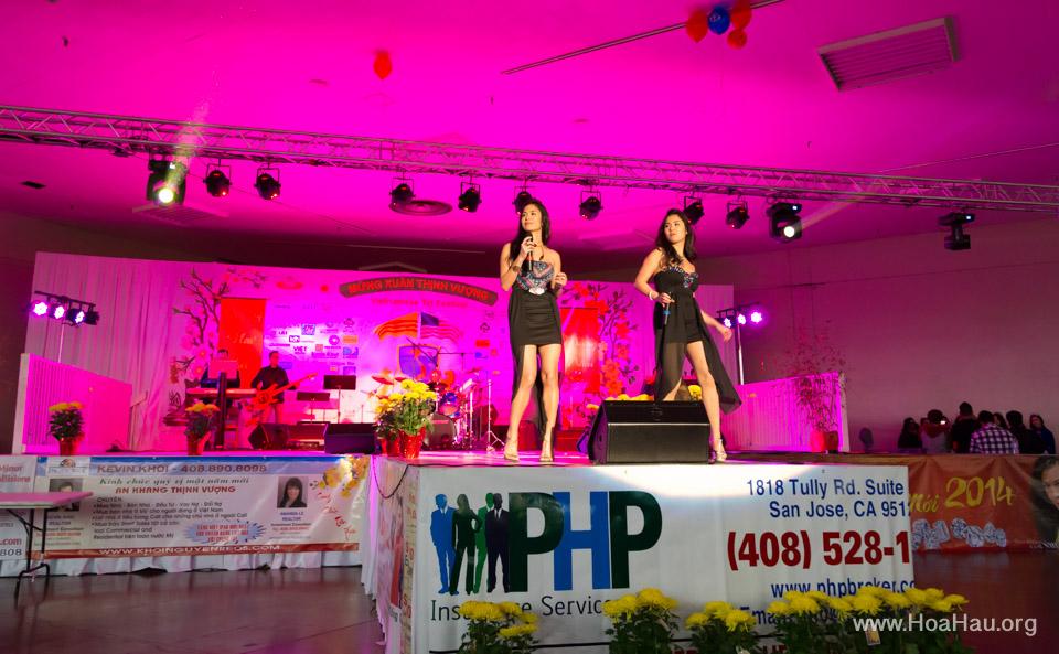 Tet Fairgrounds 2014 - Hoa Hậu Áo Dài Bắc Cali - Miss Vietnam of Northern California - Image 108