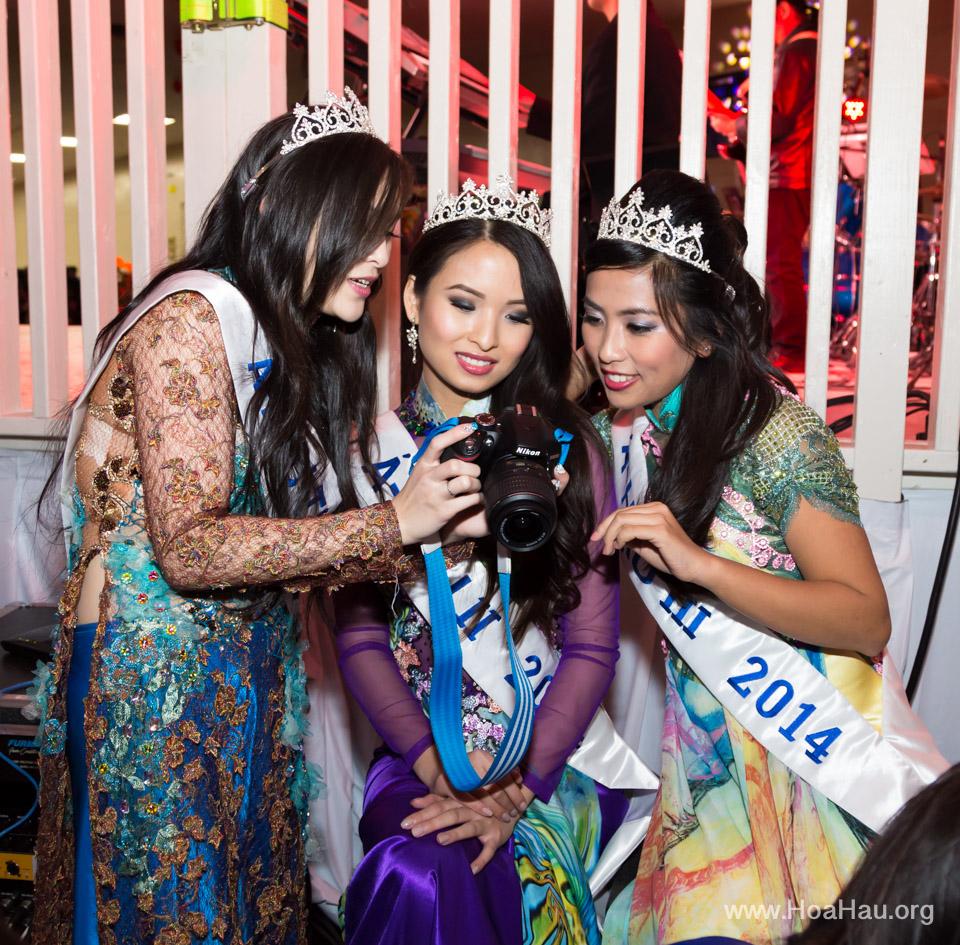 Tet Fairgrounds 2014 - Hoa Hậu Áo Dài Bắc Cali - Miss Vietnam of Northern California - Image 129