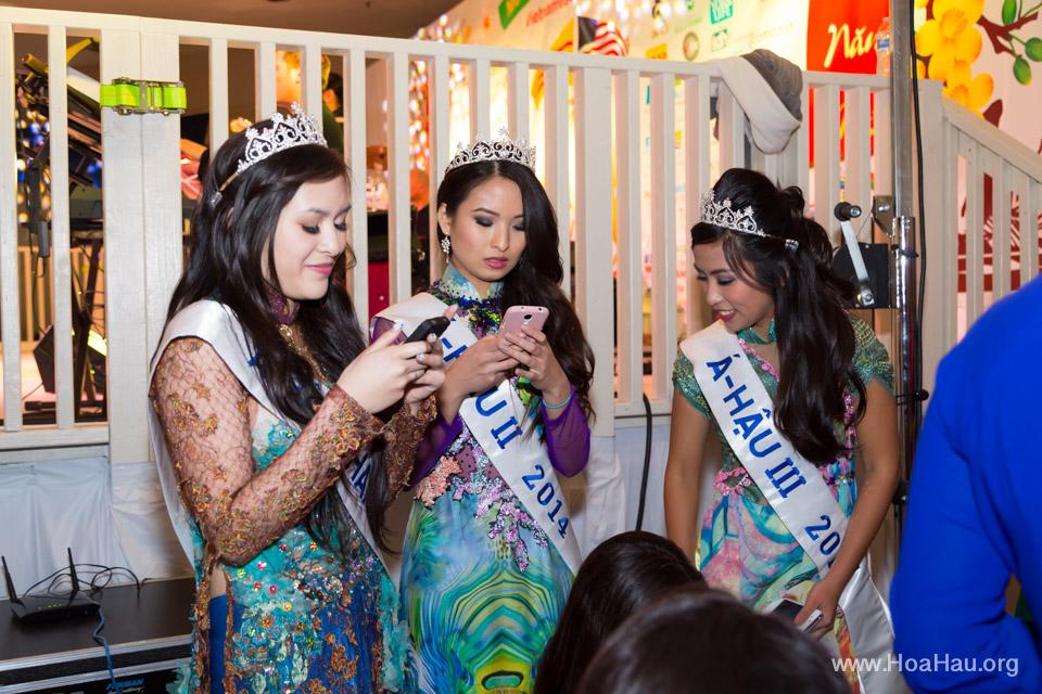 Tet Fairgrounds 2014 - Hoa Hậu Áo Dài Bắc Cali - Miss Vietnam of Northern California - Image 146