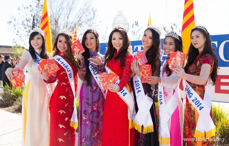 Tet Festival 2014 at Vietnam Town - Hoa Hau - Miss Vietnam - Image 161