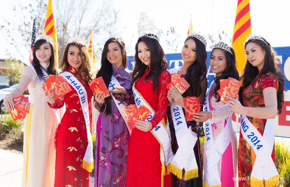 Tet Festival 2014 at Vietnam Town - Hoa Hau - Miss Vietnam - Image 162