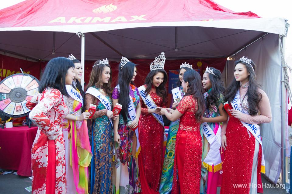 Tet Festival 2014 at Vietnam Town - Hoa Hau - Miss Vietnam - Image 193