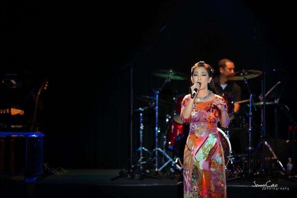Vietnamese Love Concert 2013 - Trăm Nhớ Ngàn Thương  - Image 004