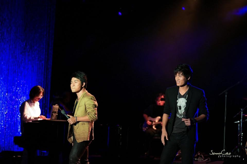 Vietnamese Love Concert 2013 - Trăm Nhớ Ngàn Thương  - Image 012