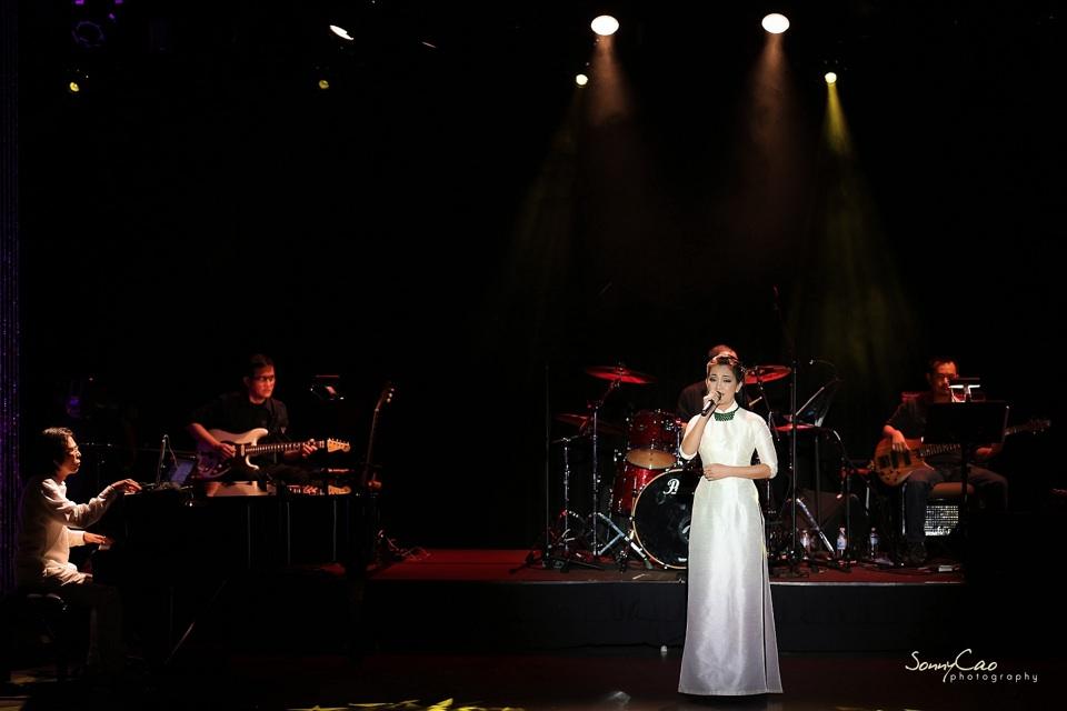 Vietnamese Love Concert 2013 - Trăm Nhớ Ngàn Thương  - Image 015