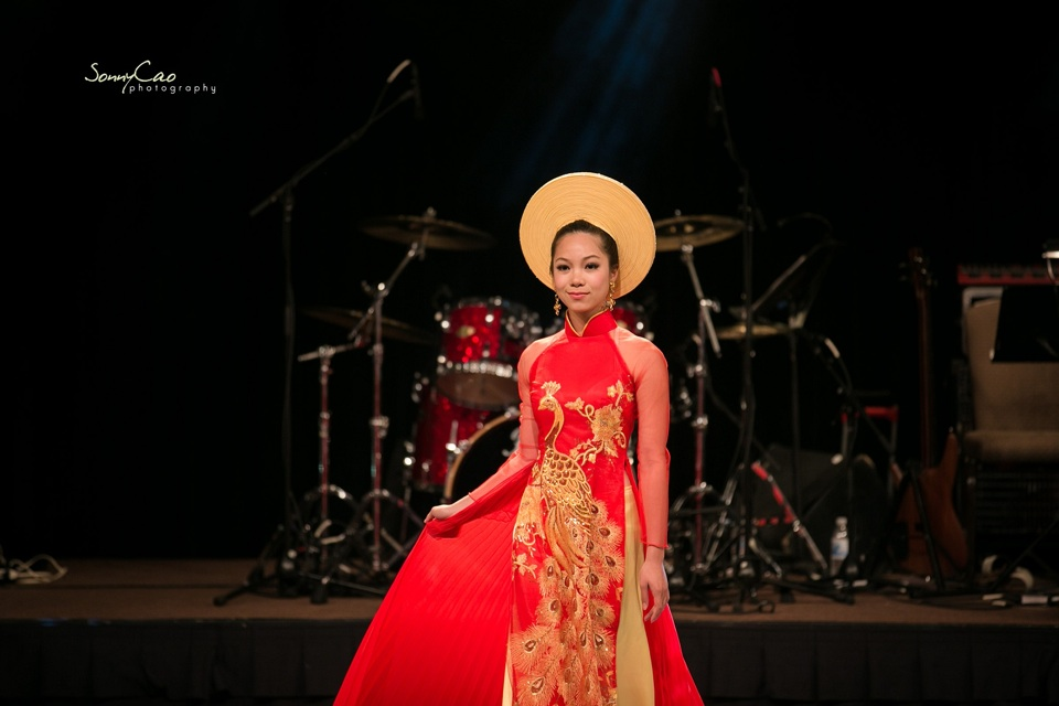 Vietnamese Love Concert 2013 - Trăm Nhớ Ngàn Thương  - Image 039