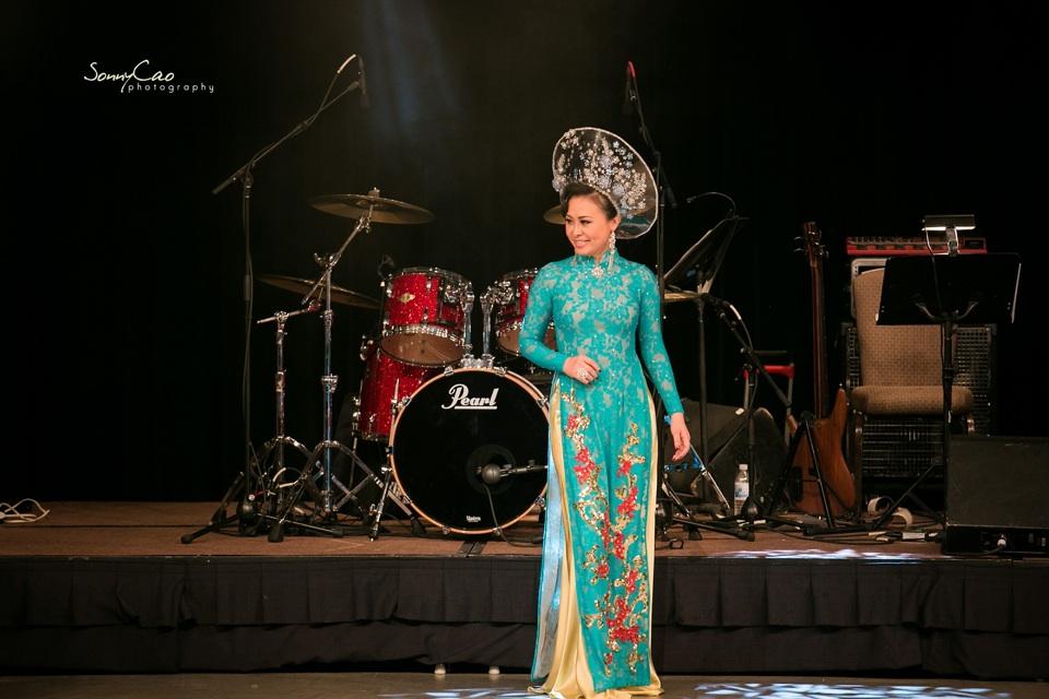 Vietnamese Love Concert 2013 - Trăm Nhớ Ngàn Thương  - Image 040