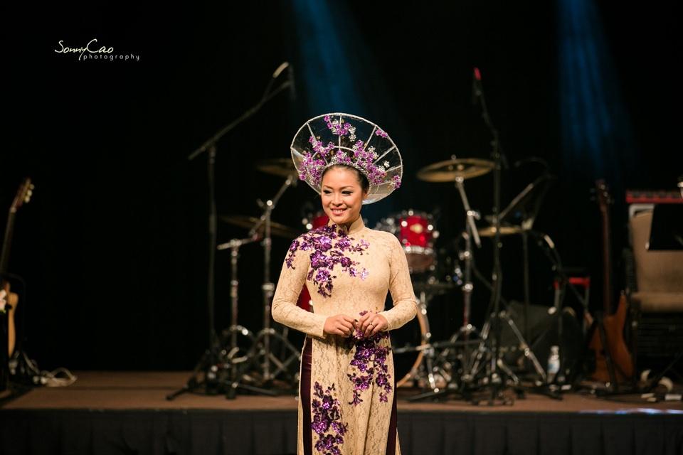 Vietnamese Love Concert 2013 - Trăm Nhớ Ngàn Thương  - Image 042