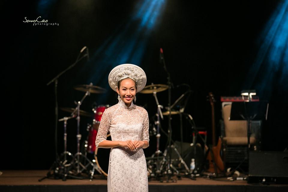 Vietnamese Love Concert 2013 - Trăm Nhớ Ngàn Thương  - Image 044