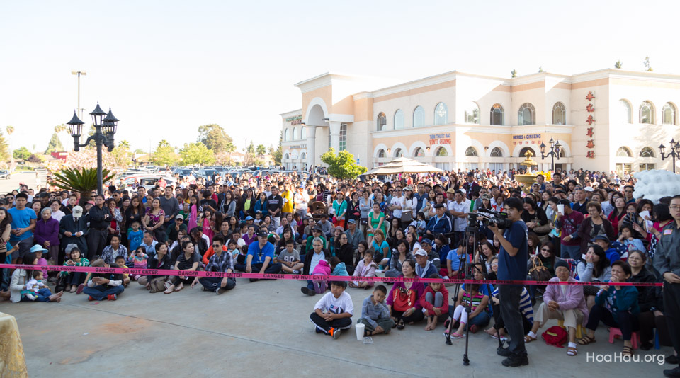 Vinh Thanh Jewelry Mercedes-Benz giveaway 2014 - Image 111