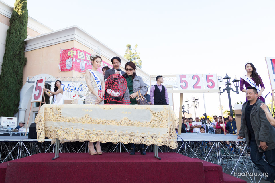 Vinh Thanh Jewelry Mercedes-Benz giveaway 2014 - Image 114