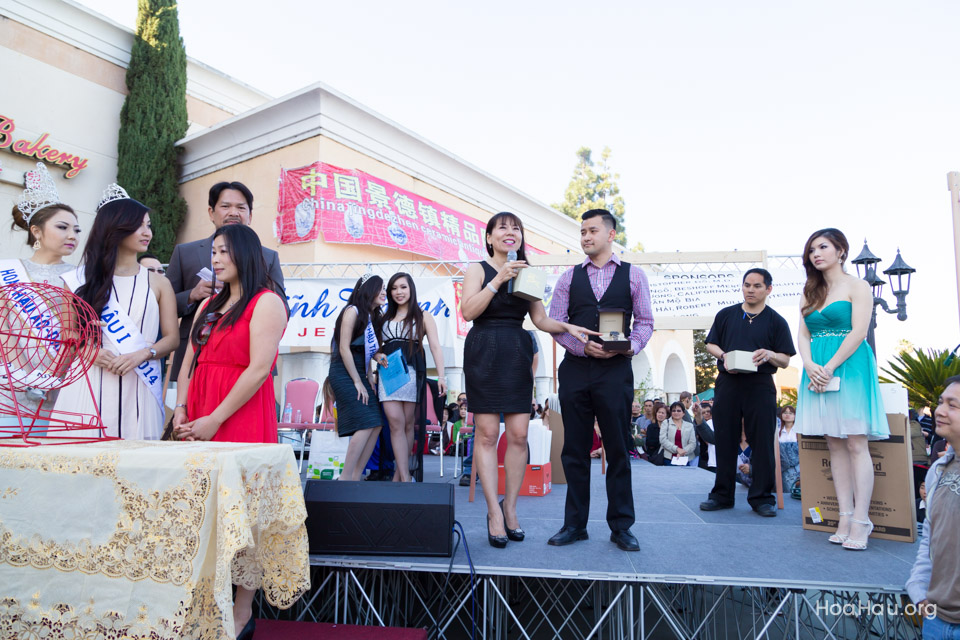 Vinh Thanh Jewelry Mercedes-Benz giveaway 2014 - Image 123