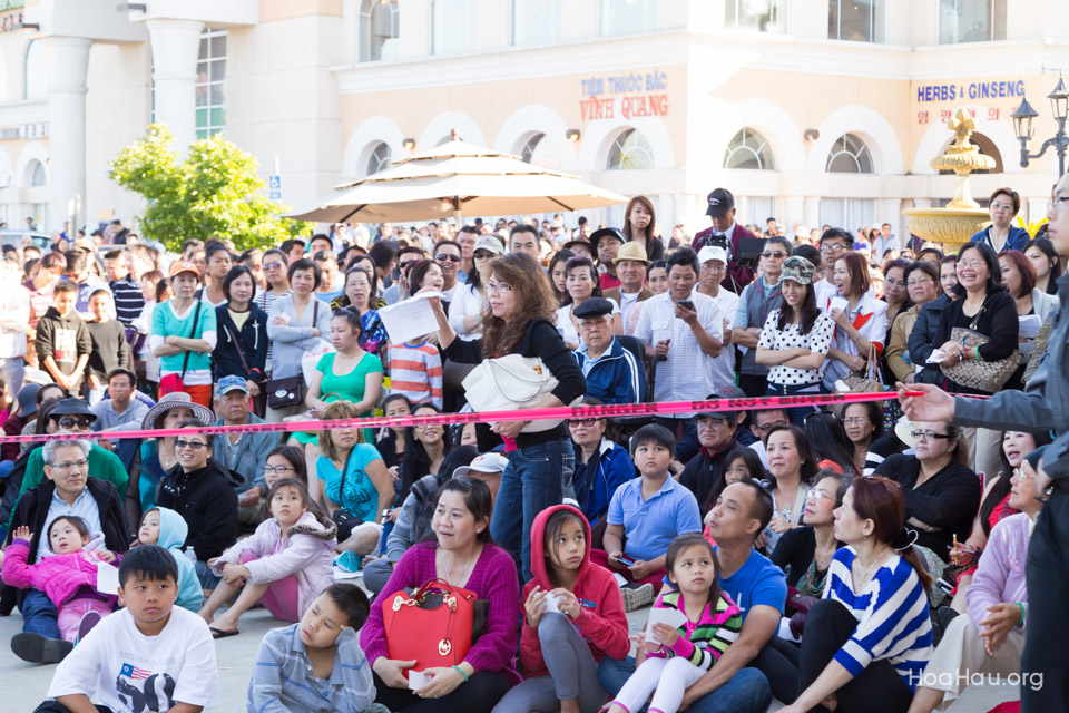 Vinh Thanh Jewelry Mercedes-Benz giveaway 2014 - Image 127