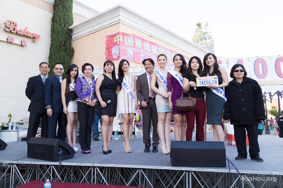 Vinh Thanh Jewelry Mercedes-Benz giveaway 2014 - Image 137