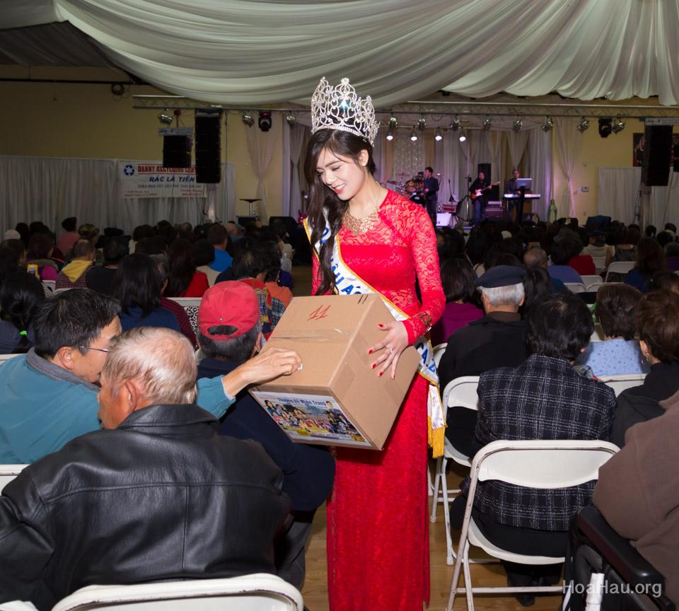 Typhoon Haiyan Victims Relief Fundraiser Concert 2013 - Văn Nghệ Thương Về Miền Trung - Image 128