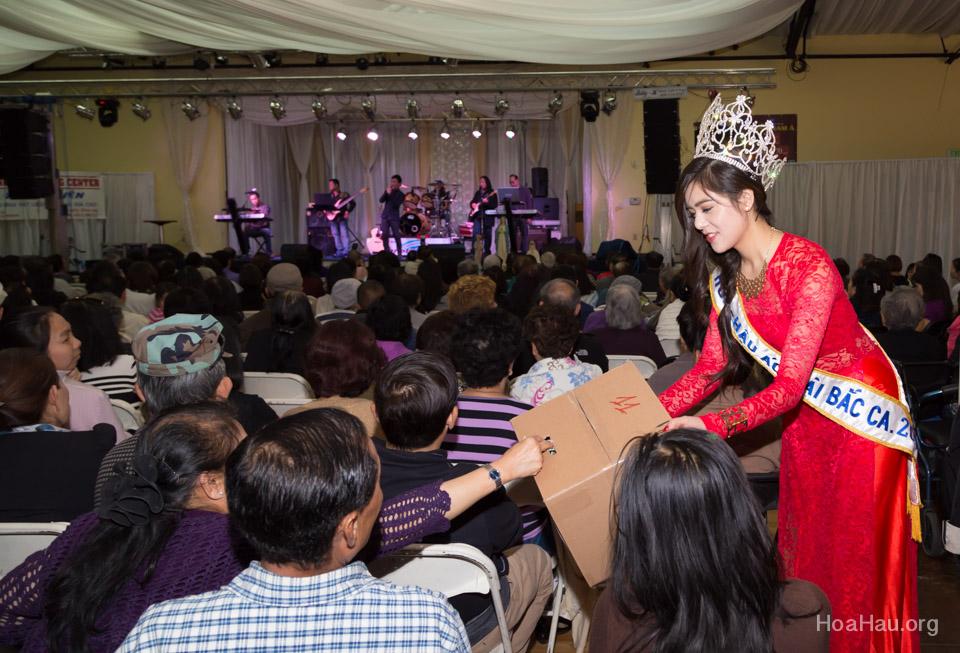 Typhoon Haiyan Victims Relief Fundraiser Concert 2013 - Văn Nghệ Thương Về Miền Trung - Image 131
