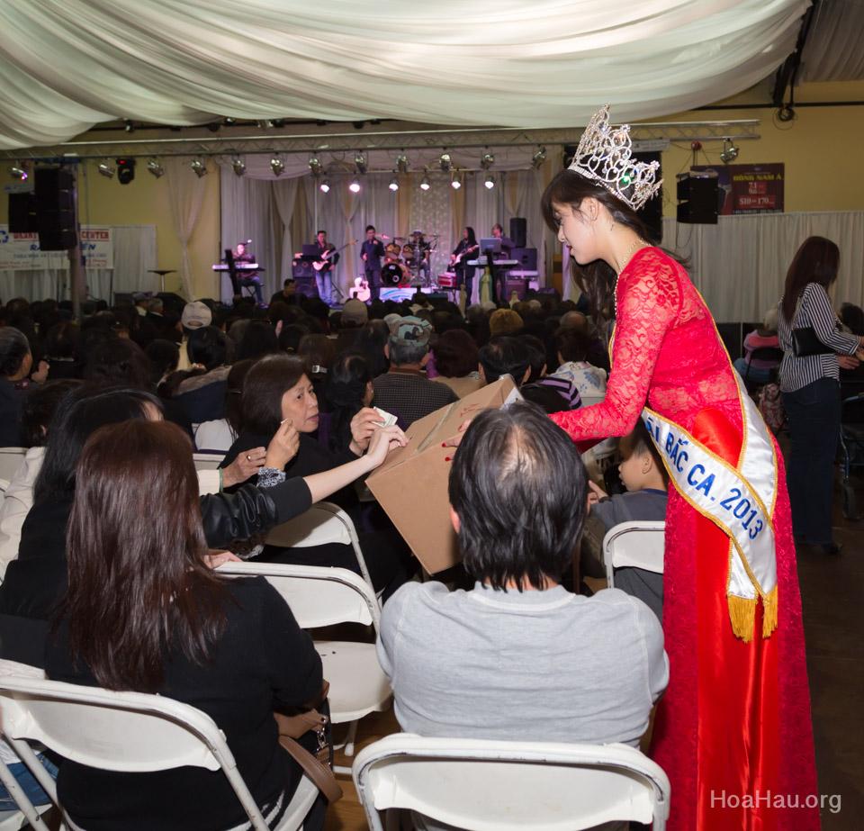 Typhoon Haiyan Victims Relief Fundraiser Concert 2013 - Văn Nghệ Thương Về Miền Trung - Image 132