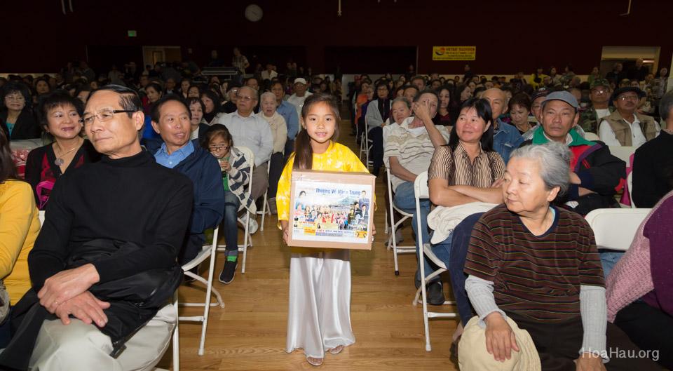Typhoon Haiyan Victims Relief Fundraiser Concert 2013 - Văn Nghệ Thương Về Miền Trung - Image 136