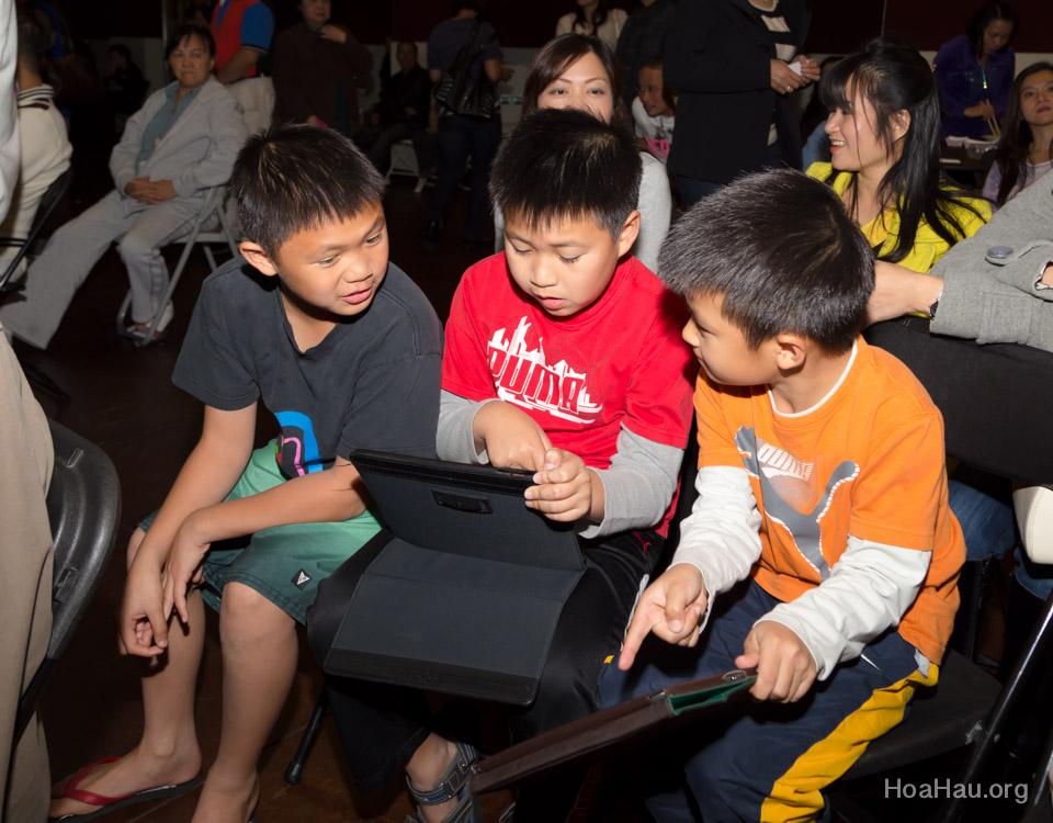 Typhoon Haiyan Victims Relief Fundraiser Concert 2013 - Văn Nghệ Thương Về Miền Trung - Image 156