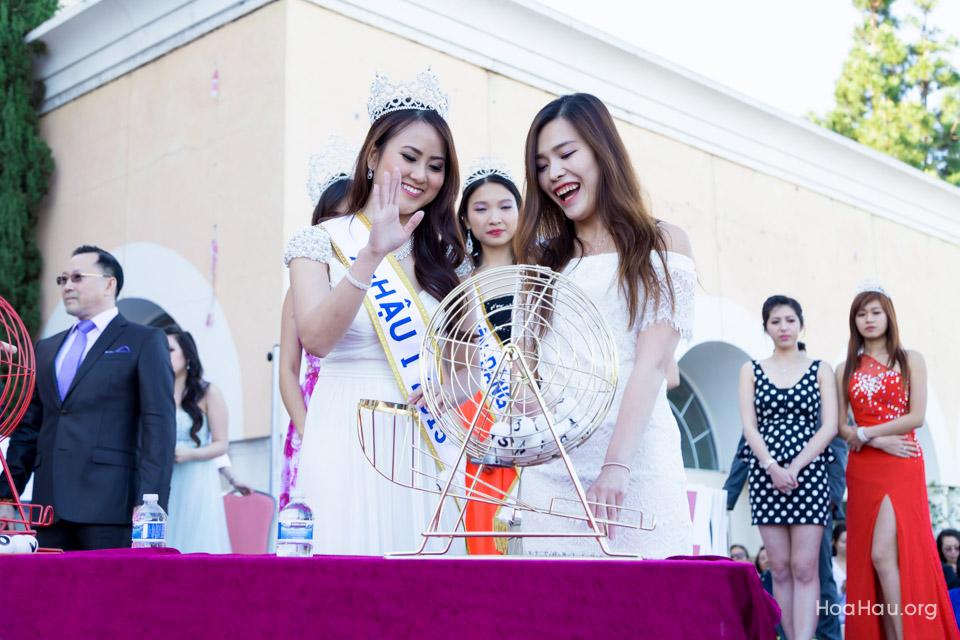 Vinh Thanh Mercedes-Benz Raffle Drawing 2015 - San Jose, CA - Image 126