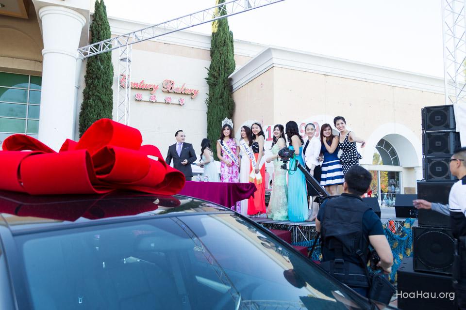 Vinh Thanh Mercedes-Benz Raffle Drawing 2015 - San Jose, CA - Image 131