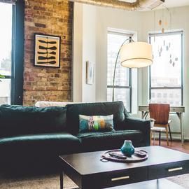 Portada Rentar tu casa por airbnb ventajas o desventajas