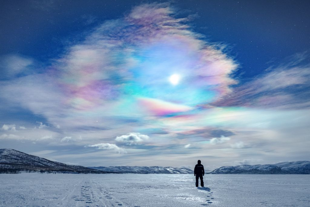mother-of-pearl clouds Lapland
