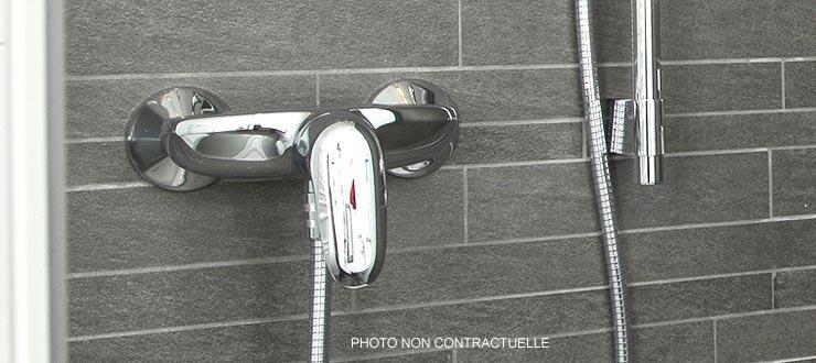 Pose d'un robinet mitigeur douche fourni par le client