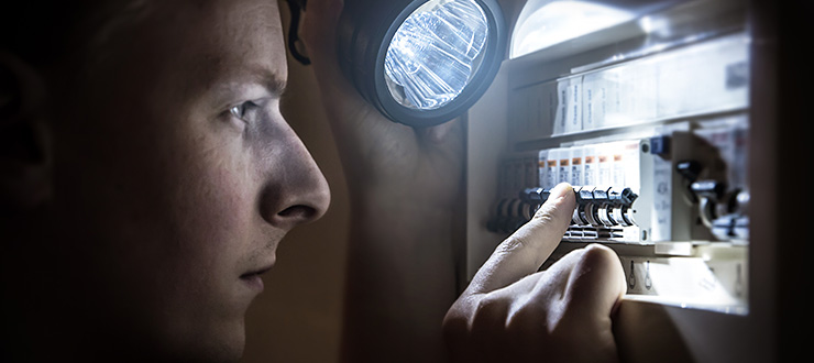Recherche de panne électrique et isolation d'un appareil défectueux