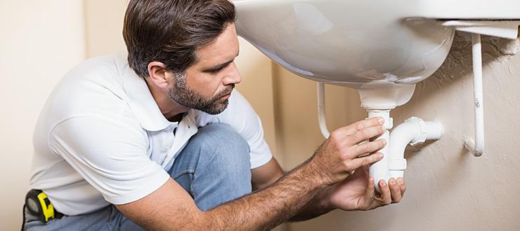 Changement du siphon / bonde d'évier en PVC