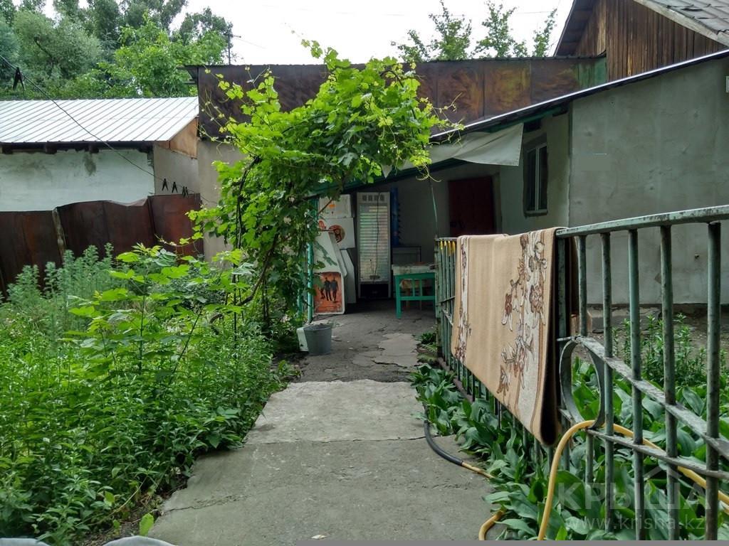 3-комнатный дом, проспект Райымбека — Утеген батыра - Фото №1