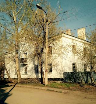 2-комнатная квартира с гаражом, Сарсекова 55  - Главное фото