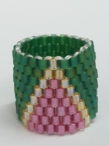 Gyrls Night Out:  Beaded Ring