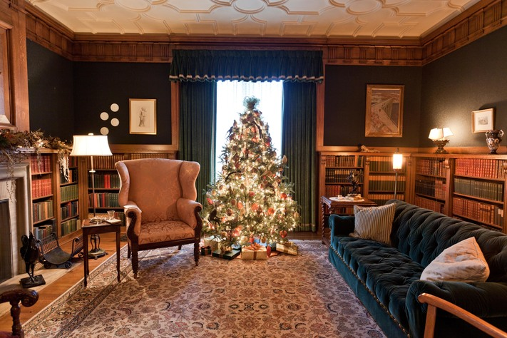 A Brucemore Christmas: Self-Guided Mansion Tours