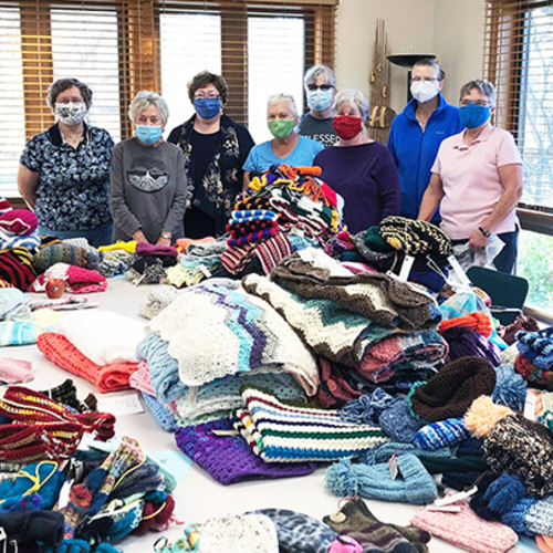 Prairiewoods Knitters & Stitchers