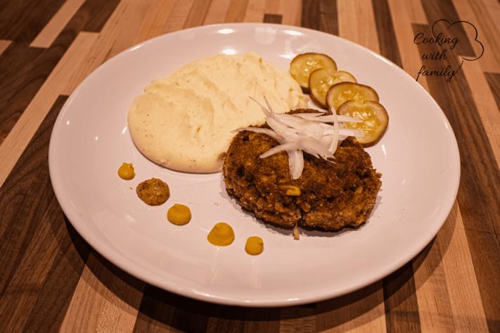 "Karbenátky: Czech ""Burger"" served with Mashed Potatoes"