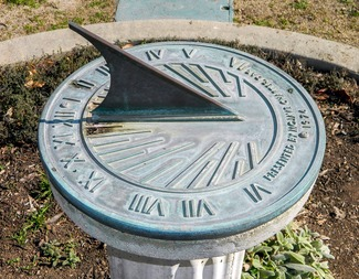 Search sundial 587636 1280