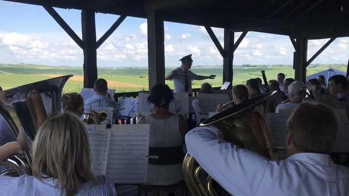 Music in the Vineyard with the Timber City Band