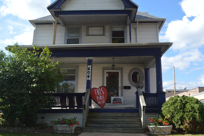 Save CR Heritage J.E. Halvorson House Dedication & Walking Tours Day 2