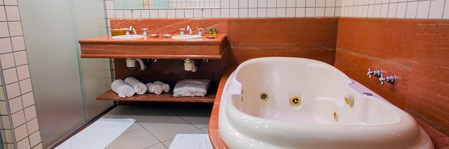A melhor banheira de hidromassagem do Vale do Aço