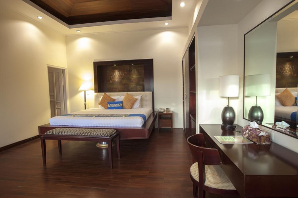 One Bedroom Pool Villa with Hill View